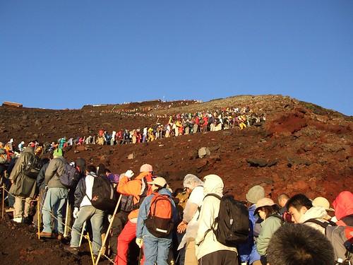 行列富士登山