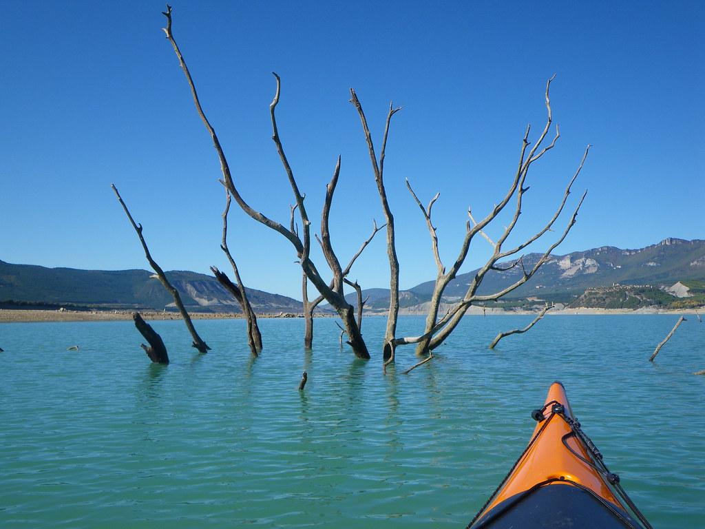 Pantano de Yesa en kayak 023