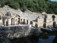 2010-5-albania-040-saranda-butrint