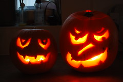 31/10/10  Happy Halloween! (ianw2007) Tags: halloween pumpkin pumpkins candlelit gruesome 311010