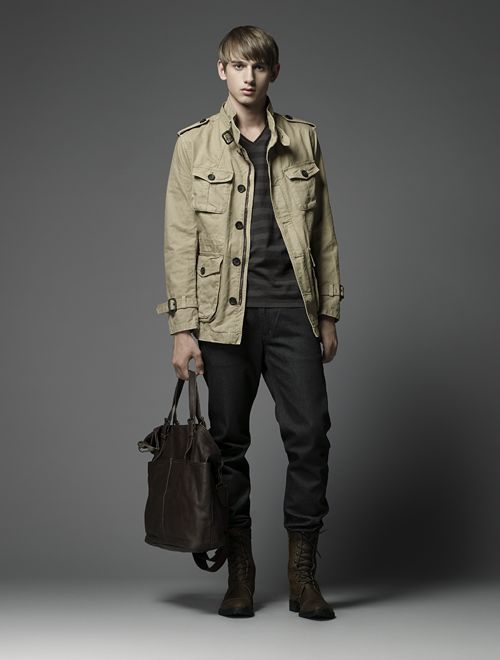 Jannik Schulz0081_Burberry Black Label(Official)