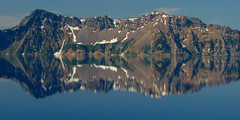 Reflection, Crater Lake National Park (StevenLPierce) Tags: park lake mountains reflection colors oregon parks national craterlake nationalparks reflexions craterlakenationalpark 5photosaday worldwidelandscapes