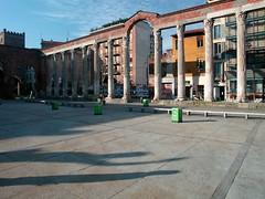 Piazza della Vetra 02