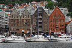 Bryggen #2 (superblinkymac) Tags: trip travel norway landscape norge nikon europa europe paisaje noruega d200 bergen scandinavia bryggen viajar escandinavia nowegen