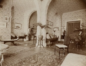 The parlor after its expansion
