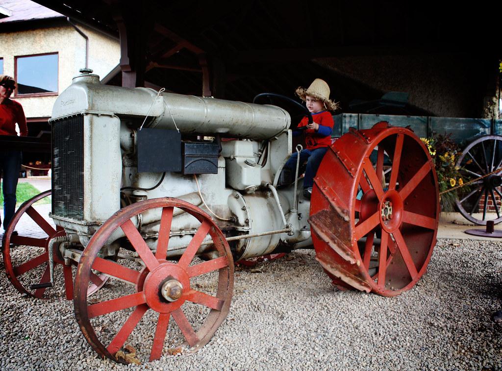Drew's Tractor