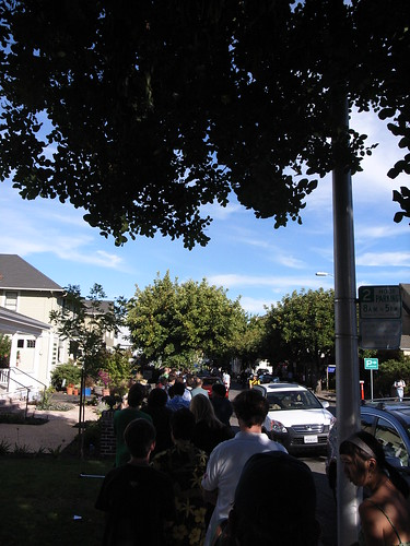Line for iPhone at Apple Store Palo Alto