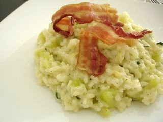 Baked zucchini and bacon risotto