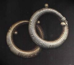 oman  jewelry (jordan craft center) Tags: face hand with craft center jewelry jordan yemen oman tradional plastine alaydi yememn