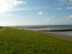 Beach at Groede (Netherlands) (christianstobbe) Tags: sea holland beach netherlands strand coast meer nordsee niederlande kste kueste