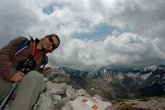 In vetta! (Marika Belfiori) Tags: parco mountain mount monte matteo sentiero marche bove monti monterotondo sibilla nazionale vetta sibillini cammino trakking 2102 priora sommit trevescovi farnio
