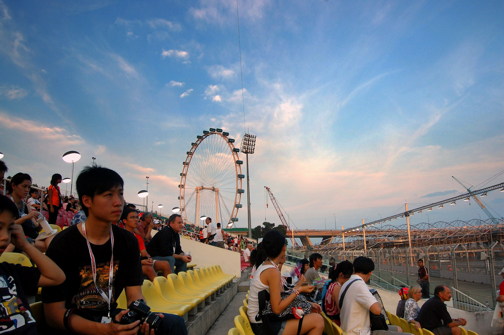 Guide to Watching F1 in Singapore: View From the Bay Grandstand Pictures http://wp.me/plUIs-Tm