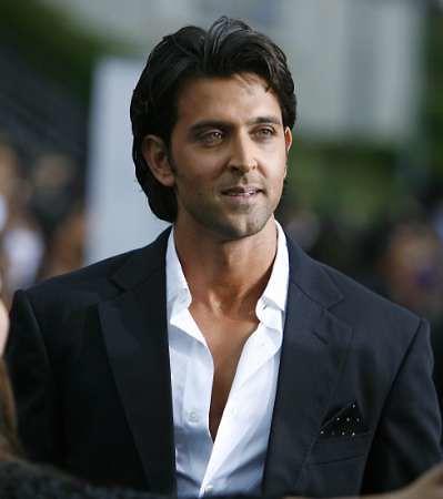 ازياء الممثل الهندي هرتك روشان(: