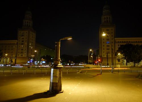 Abgesägte Laterne am Frankfurter Tor - Foto: Henning Onke