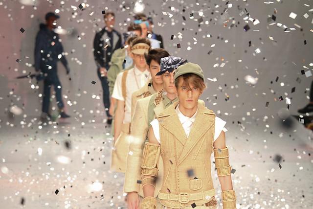Gabriel Gronvik3102_SS11_Tokyo_PHENOMENON(Fashionsnap)