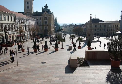 Pécs, Széchényi tér