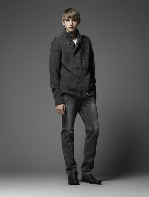 Jannik Schulz0089_Burberry Black Label(Official)