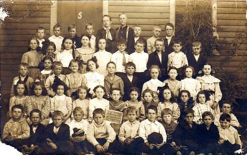 Schule vor über 100 Jahren