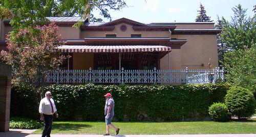 Back portico