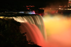 Niagara @ Night  ! (Ming chai) Tags: searchthebest soe diamondclassphotographer flickrdiamond flickrslegend