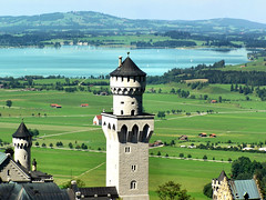 Top of Neuschwanstein (Bn) Tags: vacation holiday castle beautiful germany bavaria disney neuschwanstein schloss duitsland kasteel forggensee beieren ibeauty diamondclassphotographer bayarn