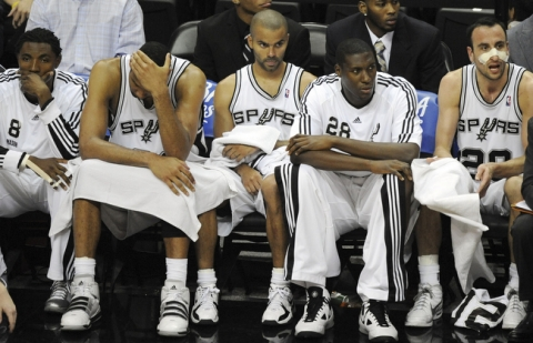 sad Spurs bench 2