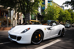 Ferrari 599 GTB Fiorano Novitec Rosso (Willem Rodenburg) Tags: red white car photoshop germany spider italian nikon 4 wrap ferrari spyder mat lp 1855 dusseldorf tuning panning rosso lamborghini coupe supercar duesseldorf v8 vr gallardo willem f430 gtb roadster 430 lightroom v12 18105 560 medienhafen 599 fiorano novitec d40 rodenburg novitecrosso lp560 lp5604