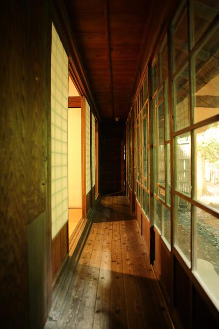 和風家屋の廊下