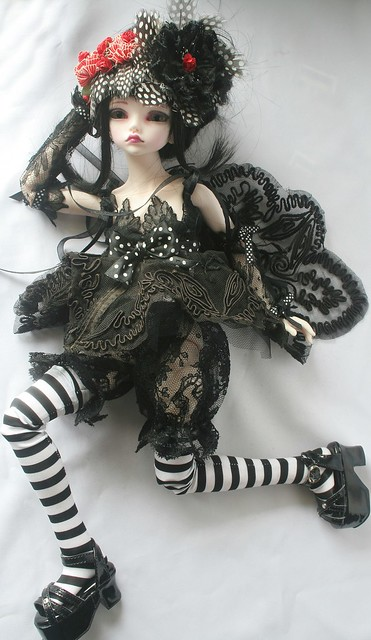 [dust of dolls püns] Eloïse, et le parfum des roses p.32 5109955255_24660df878_z