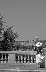 Ma Greta Garbo di vanità... - by m4_n1c4
