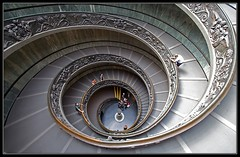 The Staircase (requiemjp) Tags: travel summer italy vatican rome museum stairs 350d staircase vaticanmuseum lazio 2007 vaticancity superaplus aplusphoto superhearts