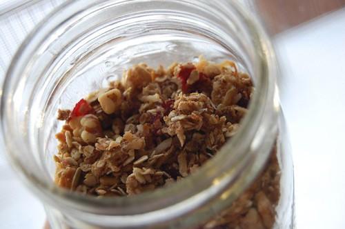 01.04.08 | crunchy granola