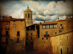 Streets of Girona (V) - by ToniVC
