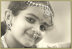 Nishra (Meghna Sejpal) Tags: life family portrait india love girl beautiful smile face fun eyes child joy daughter jewellery ornaments sweetie meghna ahmedabad bharatnatyam nishi jewelryornaments thepca southindian mydarling sejpal nishra mywinners jotblog loveandlife
