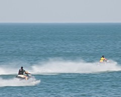 Fun on Lake Erie (Don Iannone) Tags: water lakeerie jetski waterrecreation greatercleveland bratenahlohio bratenahlplace doniannonephotohgraphy