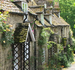 A Taste of the Cotswolds (Sandra Leidholdt) Tags: uk greatbritain houses england english architecture buildings unitedkingdom britain structures cotswolds charm gloucestershire winchcombe explore british charming cottages stonehouse cotswold englishhouses explored cotswoldstone sandraleidholdt leidholdt sandyleidholdt