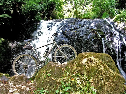 Mill Creek Falls w. bike