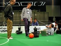 DSCN4650 (Glenn Zucman) Tags: seattle robot soccer robocup