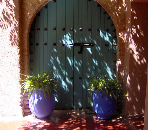 A door in Jardin-Marjorelle