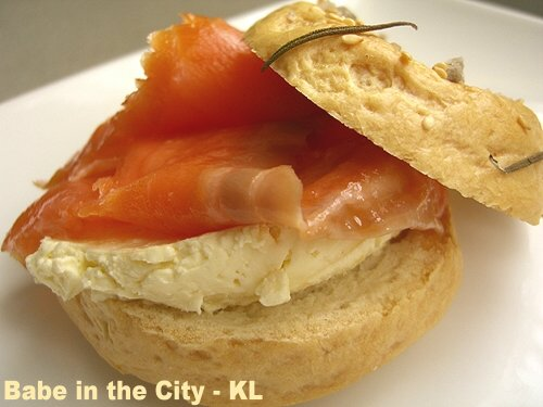 Bagel - smoked salmon & cream cheese