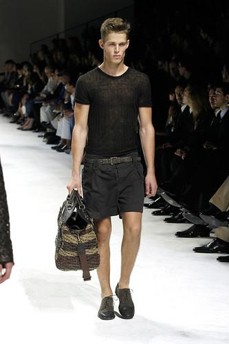 SS11_Milan_Dolce&Gabbana0024_Nils Butler(Official)