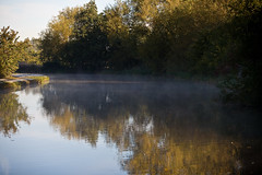 IMG_9127 (lepista) Tags: morning mist canal runcorn 20101024