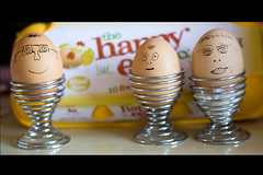 249/365: MEET THE EGGHEADS ... (Austrian Alex) Tags: food cup face happy faces head egg smiles eggs 365 egghead canon50mm bigmomma canon50d themotherofallchallenges pregamewinner pregamesweepwinner