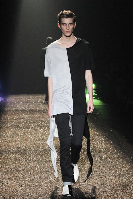 Gabriel Gronvik3123_SS11_Tokyo_@IZREEL(Fashionsnap)