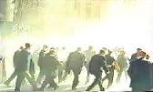 Vidéo inédite : le FBI soupçonnait dès le 11 septembre 2001 l'existence d'explosions secondaires dans les Tours Jumelles thumbnail