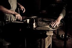 manos de trabajo - by Joel Bedford