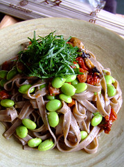 Soba Pasta (bananagranola (busy)) Tags: food cooking vegetables japan japanese beans healthy pasta homemade soba athome japanesefood spaghetti fettuccine wafu