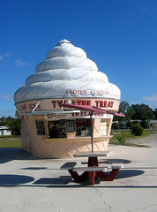 Twistee Treat (vw4ross) Tags: icecream icecreamcone twisteetreat
