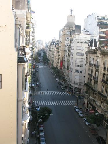 Avenida Santa Fe y Cerrito
