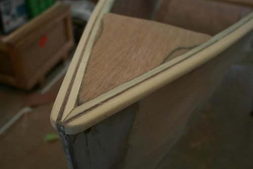 Quick Canoe - plywood knees are inset on this boat.  A nice extra detail.